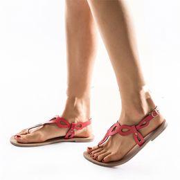 Rote bequeme sandalen online-Frauen Sandale Flache Unterseite Schuh Große Runde Kopf Schuhe Meer Spielen Rot Schwarz Atmungsaktiv Beliebte 24hm C1
