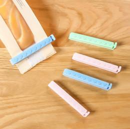 clips de sellado de alimentos Rebajas 5 unids / lote abrazadera de sellado de alimentos accesorios de cocina bolsa de plástico Clip de sello Snacks de gran tamaño sellador Clip de comida de cocina FFA2846