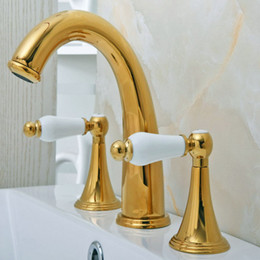 2019 riempitivi per vasche da pavimento Ottone di lusso di colore dell'oro doppi manici 3 fori Installare diffuso montato piattaforma lavandino del bagno lavandino rubinetto del bacino Miscelatore mgf022