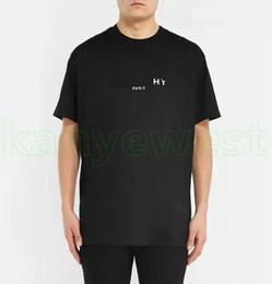 camisa del mens de la impresión de la manera Rebajas 2019 nuevo diseñador de lujo camisetas Europa ropa mens impresión de letras divididas camiseta de calidad superior para mujer de moda camiseta informal tops tee