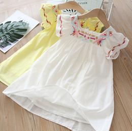dd6f63b4f5d6 vestito di estate ricamato bianco Sconti 2019 Estate bambini vestito  ragazze stile nazionale motivo geometrico ricamato