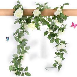 folhas falsas diy Desconto Rosas de seda Artificial Vine Vine com Verde Falsos Folhas de Casa para Decoração de Casamento diy Guirlanda De Suspensão