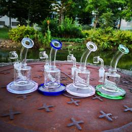 mini bong inline perc Скидка 6-дюймовая мини-установка встроенного перка из толстого стеклянного бонга с 4-миллиметровым кварцевым держателем Зеленый фиолетовый Нефтяные буровые установки Синяя труба для воды Розовые бонги