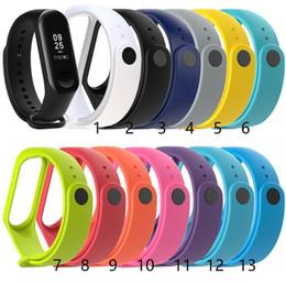 bracelet pour montre intelligente Promotion Pour Xiaomi Mi bande 3 4 Silicone bracelet de montre Bracelet Bracelet Intelligent Bracelet de remplacement Bracelet M4 Fitness Tracker Bracelet Accessoires
