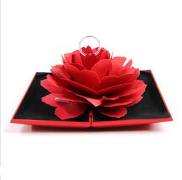 casar com o anel Desconto 3D Rose Flor Caixa De Anel 3D Pop Up Anéis De Fiação Titular Caso Jóias Preto / Vermelho / Ouro 12 * 6.5 * 1.8 CM Graça Casar Caixa De Casamento