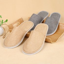 linen slippers Promo Codes - Disposable Slippers Comfortable Breathable Soft Slippers Home Guest High-grade Shoes Yellow Grey Hotel SPA Anti-slip Cotton Linen Skid