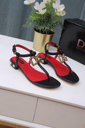 Sandali degli alti talloni della perla online-Nuovi sandali caldi delle donne di estate di alta qualità sandali del tallone della perla, 35 a 43 iarde libero delle scarpe casuali di trasporto
