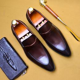 gli stili dei pattini maschii Sconti Scarpe eleganti da uomo d'affari stile gentiluomo europeo da uomo eleganti scarpe da sole slip on office per feste maschili