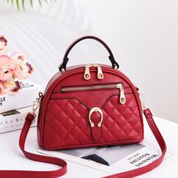 2019 marka moda lüks tasarımcı çanta Toka dekorasyon Küçük kare paket omuz çantası tasarımcı lüks çanta çantalar cheap buckle brand purses nereden marka çantalar toka tedarikçiler