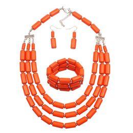 Guter Verkäufer Tube Beads Layered Damenmode Statement Halskette Armband Ohrring Set von Fabrikanten
