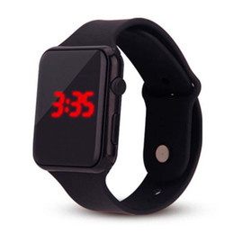 Спортивные наручные часы онлайн-DHL Apple LED Часы пластиковый ремешок светодиодные электронные часы мужчины женщины пары спортивные часы Дата Браслет Конфеты Цвет Цифровые наручные часы
