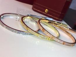 очарование змеиной головы Скидка Фахми Hot Узкий Версия ЛЮБОВЬ Star Браслет Азии ввезли золочение 18k розовое золото Платина Трехцветный Дополнительный инкрустированные высокоуглеродистой Drill