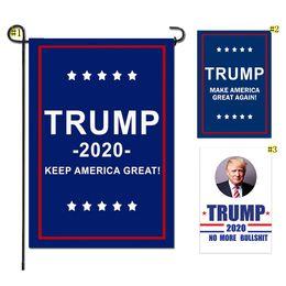 2019 materiali all'ingrosso portachiavi Trump Garden Flags Presidente Elezioni generali Banner 2020 Trump Flag Poliestere stoffa in plastica Flagpole Banner bandiere 30 * 45 cm MMA1715 200 pz