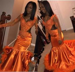 2019 сексуальные африканские оранжевые платья русалки выпускного вечера милая кружевные аппликации блестки перо с длинными рукавами черная девушка развертки поезд вечерние платья от