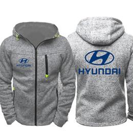 Sudadera coche online-Hombres de alta calidad primavera otoño Hyundai Car Logo Imprimir Sudaderas con capucha Sudaderas con cremallera Unisex Casual con capucha Abrigos Chaquetas de manga larga Prendas de abrigo