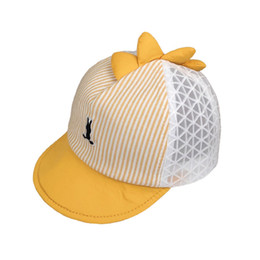 GoodDesign Cute Unicorns Kids Mesh Cap Trucker Caps Adjustable Hat