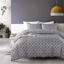 Queen-size-soft-decke online-Grau Farbe amerikanisches geometrisches Muster Bettbezug-Set König-Queen-Size-Bett-Sets 2 / 3pcs Kostengünstige Super Soft Blanket Covers