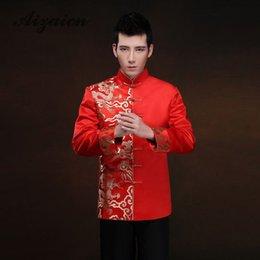 Traditionelles chinesisches brautkleid online-Rot Langarm Bräutigam Toast Kleidung Chinesisches Kleid Drache Männer Satin Cheongsam Top Kostüm Tang Anzug Hochzeit Traditionelles Kleid