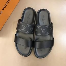 Newast дизайнер модной роскошной мужской обуви с принтом Кожаная летняя мода Повседневные плоские сандалии для мужчин Пляжные шлепанцы С оригинальной коробкой US 11 от