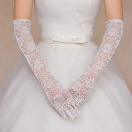guantes de encaje blanco dedos largos Rebajas Guantes de novia Sheer Lace codo simple largo dedo completo ver a través de marfil blanco nupcial de la boda accesorios para mujer guantes de novia traje