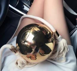 2019 ouro dourado da bolsa Vender bem Bolsa de Bola de Ouro Top Bolsas de Luxo Presente de Natal Pacote de Presente VIP Camélia moda Pérola de Ouro bolsa de ombro Bolsa ouro dourado da bolsa barato