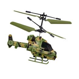 helicóptero de controle remoto real Desconto Avião de indução inteligente armado helicóptero suspensão voo com controle remoto de aceleração