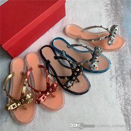 Brands Women Rivets Bow knot Flat Slippers sandals Girls Flip Flops studded Summer Shoes Cool Beach Slides Jelly Shoes 35 39