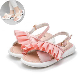 b86f272493a Pink Girls Sandals 2019 Summer Kids Beach Shoes Toddler Sandal Fashion  Falbala Beige Girl Sandalias antideslizantes niños zapatos   23 sandalias  para niñas ...