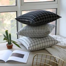 2019 cuscini divano nero rosso Plaid geometrico grigio bianco e nero Fodere per cuscino Federe di cotone Copripiumino per divani 45x45cm e fodera per cuscino 60x60cm Senza riempimento