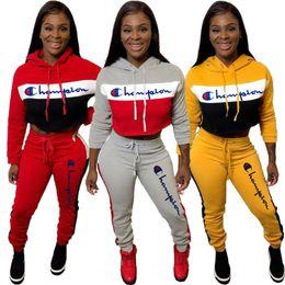 2020 erntehosen hoodies Stickerei Letters Frauen Langarm Anzug Meister Patchwork mit Kapuze Crop Top + Pants Leggings 2er Set Sport Outfits C101007 rabatt erntehosen hoodies