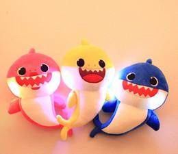 3PCS 3Colors 30cm Bébé Requin En Peluche Jouets avec Musique Led lumière de Bande Dessinée En Peluche Bel Animal Doux Poupées Musique Requin En Peluche Animaux ? partir de fabricateur