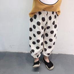 2019 ropa de bebé niño lunares 2019 New Baby Kids sueltos lunares impresos pantalones harén 3 colores niños pantalones chicas verano coreano algodón Casual pantalón Bloomers ropa ropa de bebé niño lunares baratos