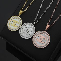 roses for pendants Coupons - Top deluxe classic Brand Designer large shell diamond letter necklace Jewelry gold rose silver pendant for girls Women Wedding Gift