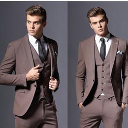 drei knopf-tuxedos-tailcoat Rabatt One Button Suit Männer Anzug Herringbone Drei Stück Anzug Offizielle Warme Smoking Frack Bräutigam Tragen für Hochzeiten (Jacke + Weste + Hosen)