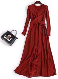 vêtements pour femmes bordeaux noir jupes dentelle paillette A-ligne split robes de soirée split manches longues v décolleté thé longueur robes de soirée ? partir de fabricateur