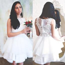 Vestidos brancos de casamento civil on-line-2019 Lace Branco Vestidos De Casamento Jewel Neck Lace Apliques de Verão Civil Hippie Nupcial Vestidos Na Altura Do Joelho Babados Vestidos de Casamento Barato