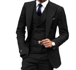 projetos de uma peça de veludo Desconto Preto Noivo Smoking Notch Lapel Slim Fit Padrinhos de Casamento Vestido de Excelente Homem Jaqueta Blazer 3 Peça Terno (Jaqueta + Calça + colete + Gravata) 657