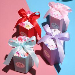 2019 конфеты коробки подарка коробки Новый творческий голубое небо шестиугольник свадебный подарок коробка шоколад бумажная коробка конфеты партия подарочная коробка праздник подарочные пакеты стоит выбрать скидка конфеты коробки подарка коробки