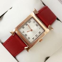 2019 relógio designer feminino Novo design de Moda Mulheres De Couro Vestido Relógios de quartzo feminino Relógio de couro genuíno Famoso designer de senhora relógio de pulso Relojes De Marca Mujer relógio designer feminino barato