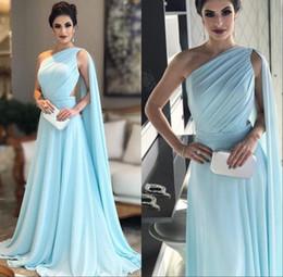 um vestido azul céu ombro Desconto Árabe Dubai Céu Azul Um Ombro Vestidos de Noite com Cape Elegante Formal Ocasião Vestidos Cutaway Lados Prom Vestidos de Festa
