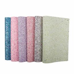 Coprire le scarpe tessuto online-22 * 30CM Glitter pelle tessuto sintetico colore dolce foglio per la copertura carta da parati borse fai da te scarpe materiali di decorazione fatti a mano