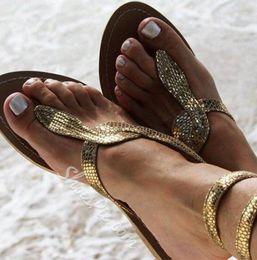 sapatas grandes dos pés Desconto Verão novo europeu e americano pé sandálias planas cobra padrão de comércio exterior tamanho grande sapatos femininos