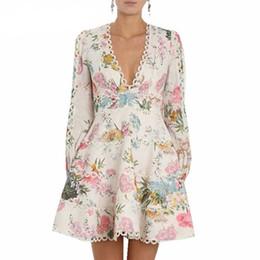 Nouvelle arrivée haute qualité mode luxe Designer piste femmes robe imprimée fleurs sexy col en V à manches longues en dentelle robe robes ? partir de fabricateur