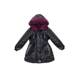 2020 chaqueta de cuero para niños niña Los niños de la PU de la muchacha remiendo de cuero de imitación cuello de piel chaqueta abrigo abajo parkas espesar princesa invierno prendas de abrigo abrigo de piel 2 color chaqueta de cuero para niños niña baratos