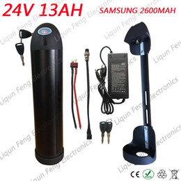 Canada La batterie d'ion de lithium de bouteille d'eau de Shipp 350W 24V 12AH libre pour le vélo électrique emploie des cellules de SAMSUNG 2600MAH avec le chargeur 20A BMS + 2A Offre