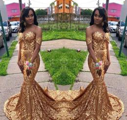 2019 ropa sexy de vacaciones Sexy Gold Prom Dresses 2019 African Black Girls Off Shoulder Holidays Graduation Wear Vestidos de fiesta de noche a medida más tamaño ropa sexy de vacaciones baratos
