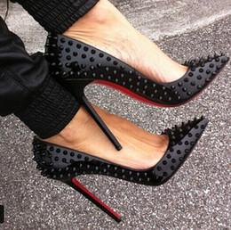 2019 zapatillas negras Envío gratis IRed Bottom Cymn Negro Punta estrecha Extreme High Heels Stiletto Bombas de las mujeres Zapatos de vestir del banquete de boda Bombas negras Tacones con clavos
