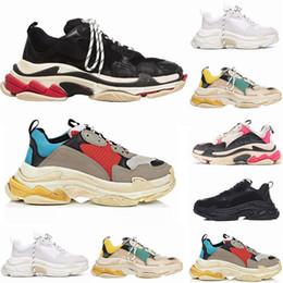 2019 мужские кроссовки 2019 мода Париж 17FW Triple-S Sneaker Triple S повседневная роскошь папа дизайнерская обувь для мужчин Женщины черный спортивный теннис кроссовки 36-45