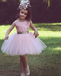 tulle flower puffs Promo Codes - Appliques Ball Gown Gold Puff Tulle Short Sequined Bow Belt Pink Princess Flower Girl Dress Lovely Wedding Party Kids Lace Birthday Pageant