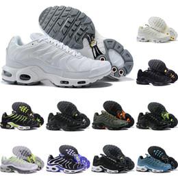 kevin durant scarpe da basket basse Sconti Nike Air TN 1 Vendite 2019 Nuovi uomini casuali TN scarpe da corsa economici Tns Plus Air Cushion Ventilation scarpe da ginnastica nero bianco blu classico Tn Requin scarpe